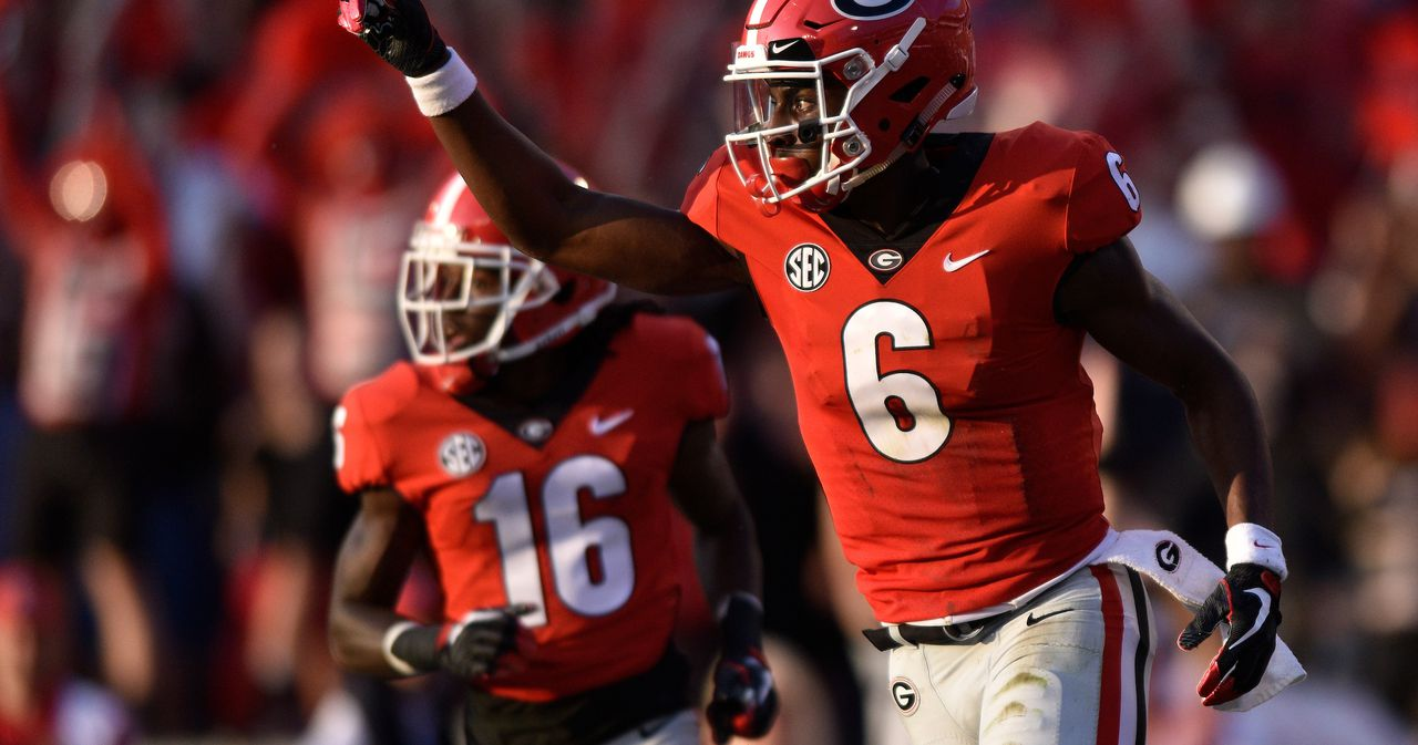 WATCH: Javon Wims shows off Georgia football's new Rose Bowl gear